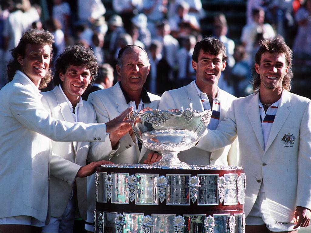 Peter McNamara, Paul McNamee, Neale Fraser, John Fitzgerald & Pat Cash celebrating 1986 Davis Cup won by Australia.