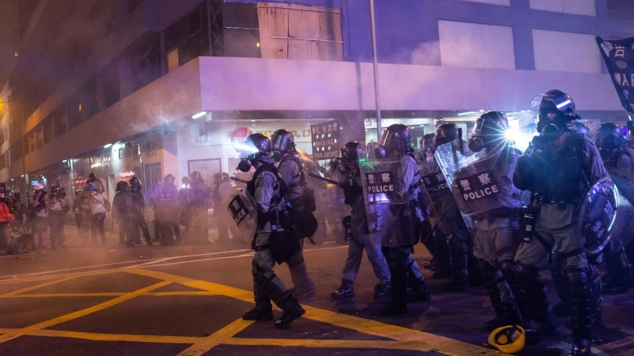 Hong Kong issues warning to protestors