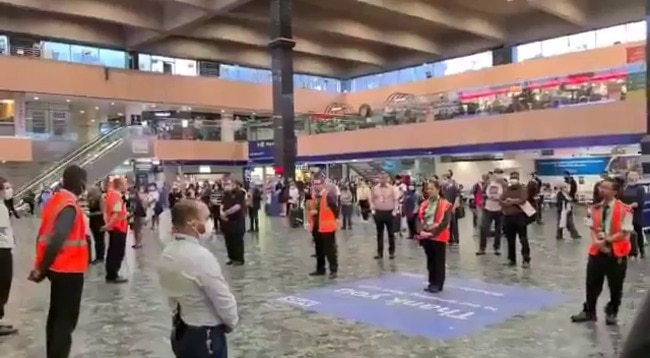 Minute's Silence Held Across UK Railway Stations to Remember Victims of Scottish Train Derailment