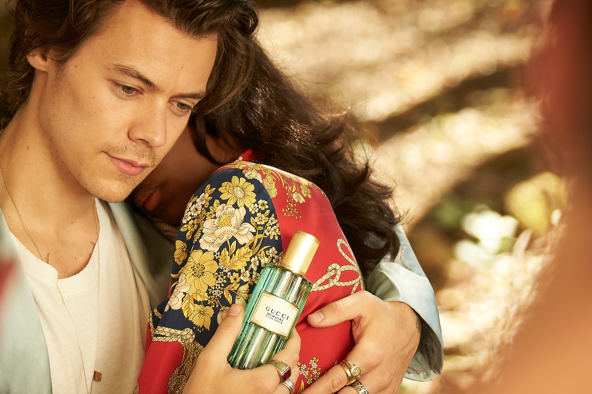 Gucci launches its first universal fragrance with the help of Harry Styles