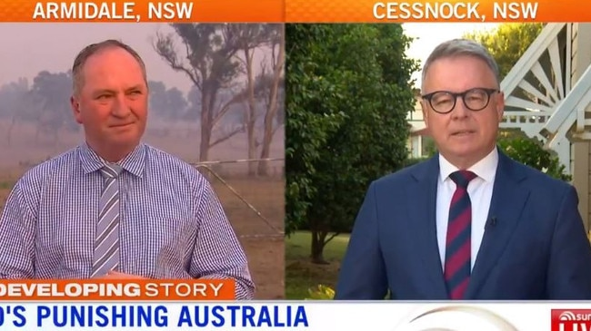 Barnaby Joyce accused of being as bad as Israel Folau for bushfire comments