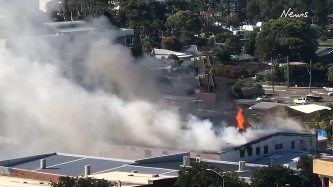 Man dies in shopping centre fire on the Central Coast in NSW