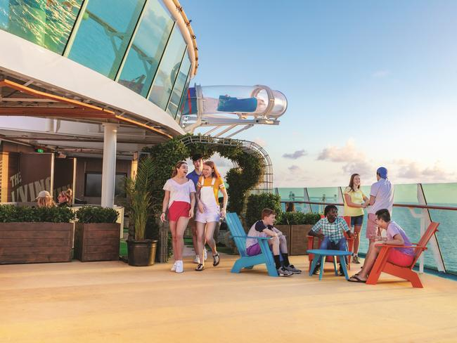 TEEN SPACES As the ultimate cruise for families, older children and teenagers can enjoy activities into the late evening with the newly appointed teen-only spaces, with the addition of a laid-back outdoor deck.