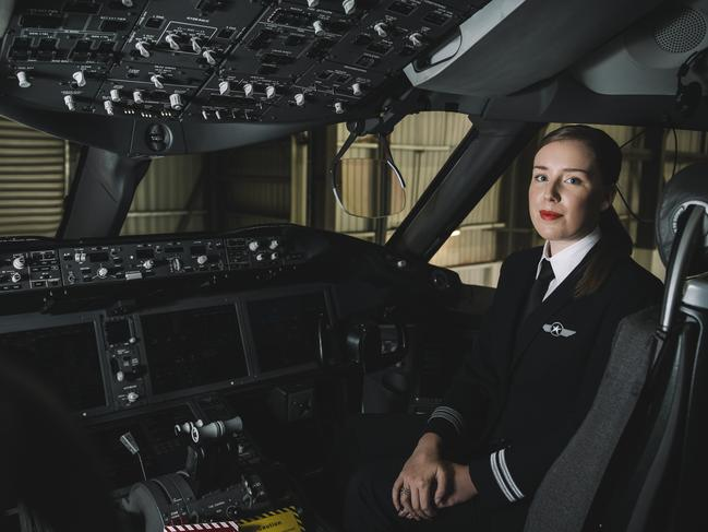 JETSTAR BOEING 787 SECOND OFFICER LAURA TURNER. Picture: Phoebe Powell