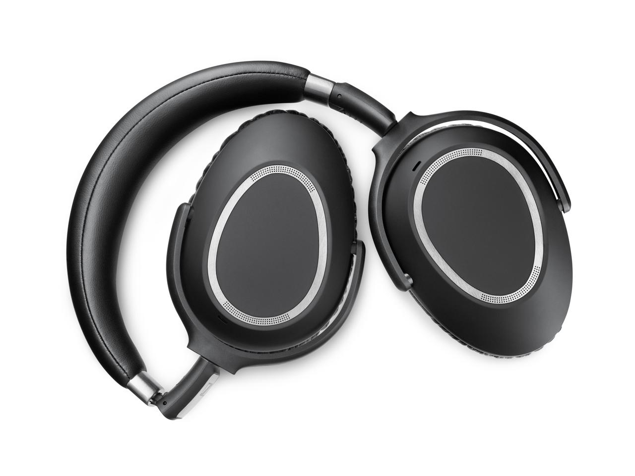 EMBARGOED JULY 1 2016: Sennheiser PCX 550 Wireless offer up to 30 hours in battery life.
