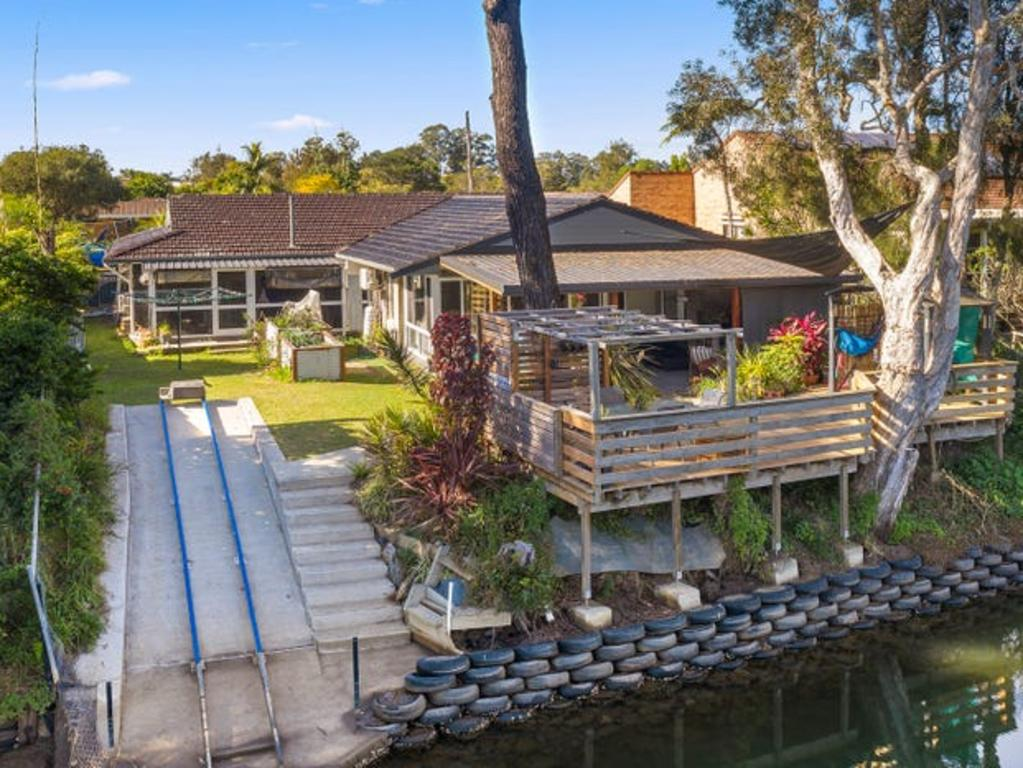Drop a line off the back deck just in time for dinner. Picture: Suppied