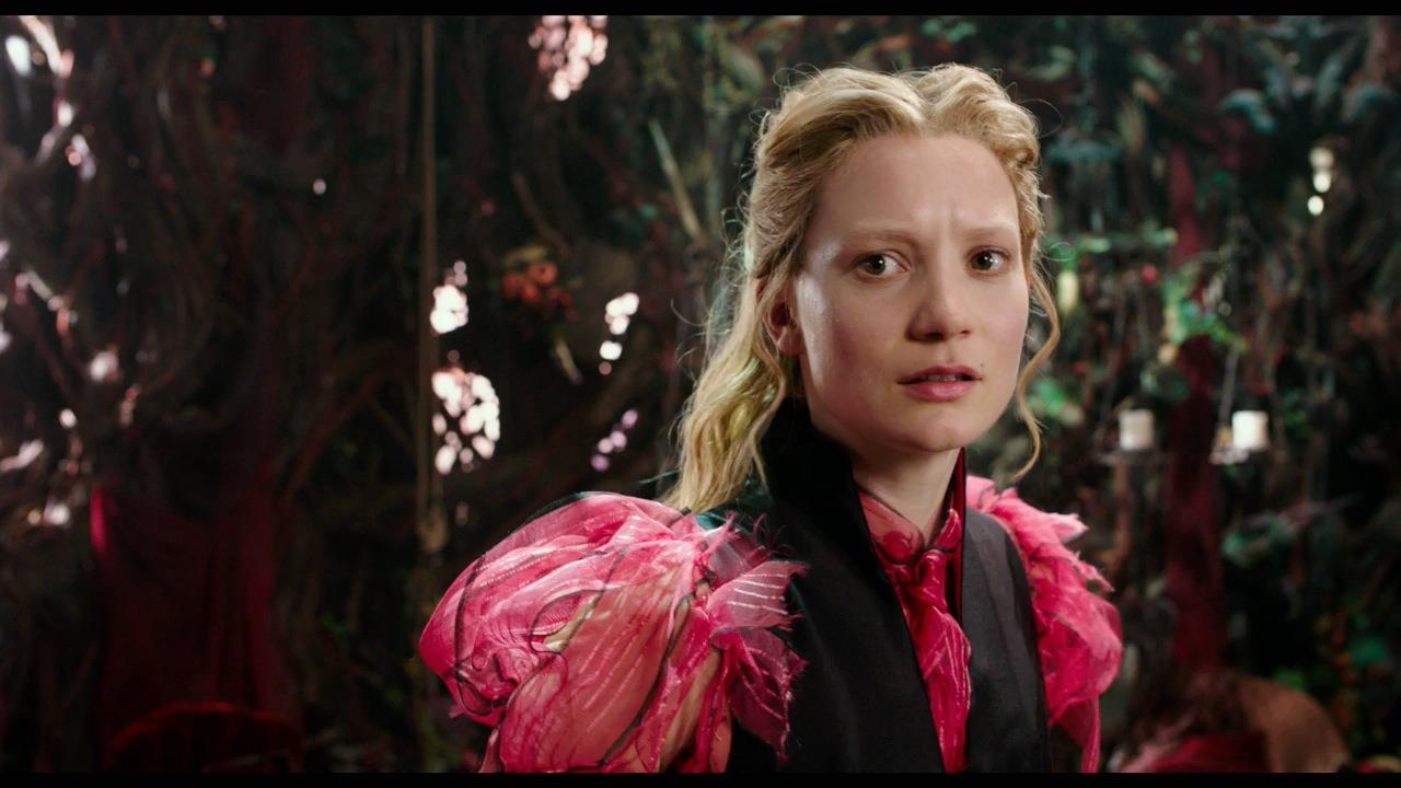 Film Trailer: 'Alice Through the Looking Glass'