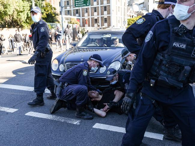 Sydney lockdown protesters' warning