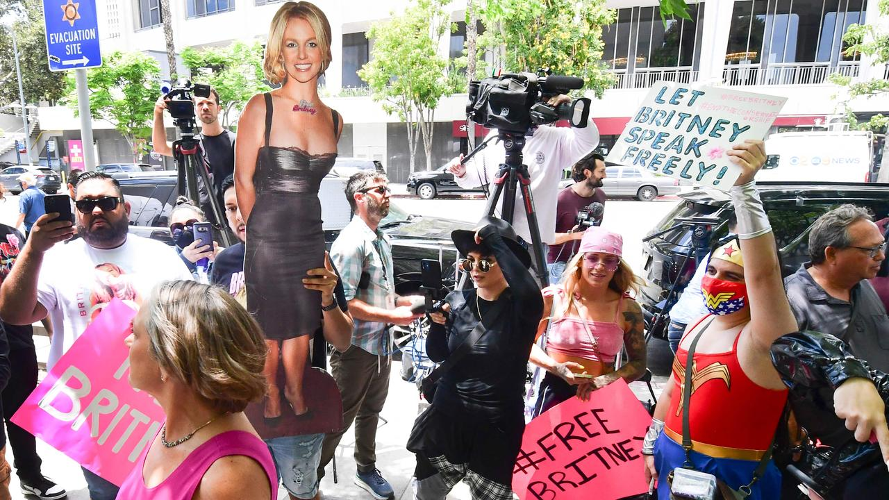 Fans and supporters gather in LA to show support for Britney Spears. Picture Frederic J. BROWN / AFP