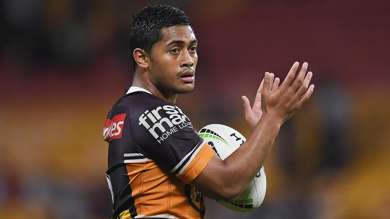 Anthony Milford of the Broncos.