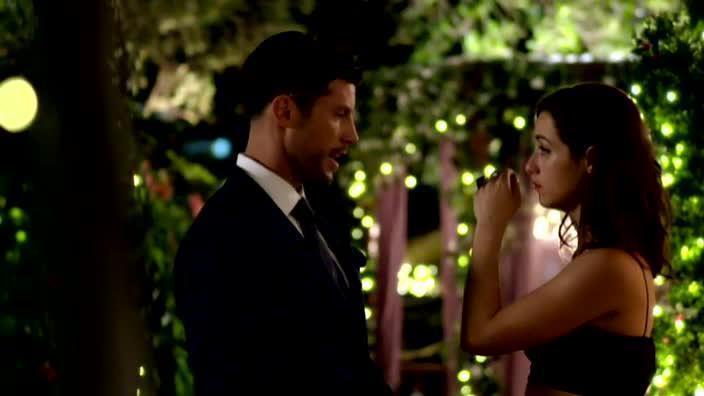 Jacinda and Sam Talk About Groundhog Date