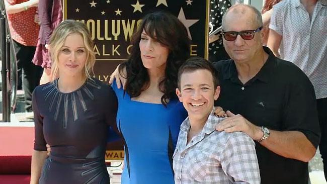 Married With Children cast re-unite