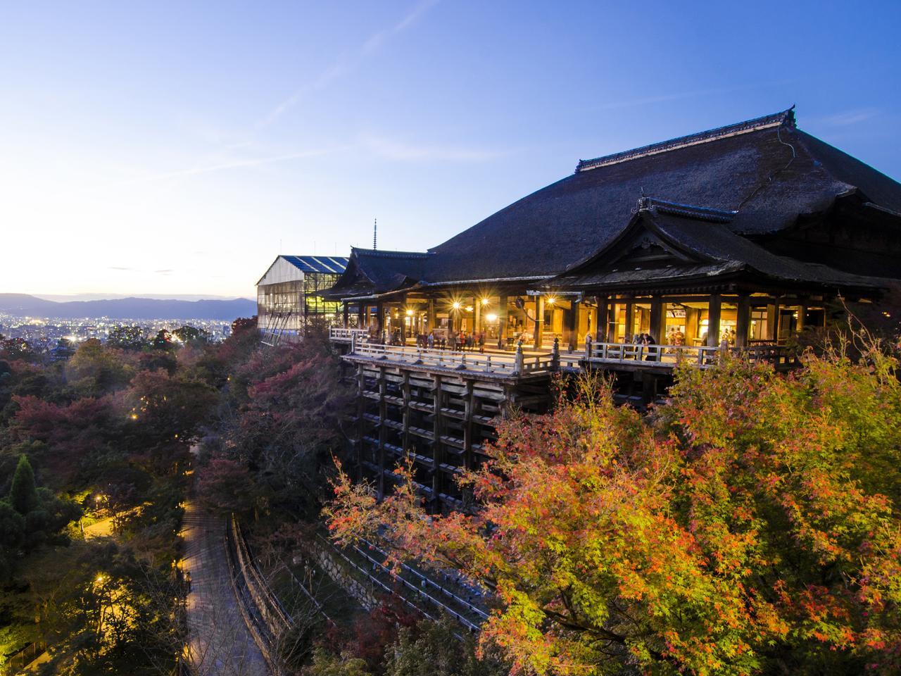 Kiyomizu Temple at twilight in Kyoto