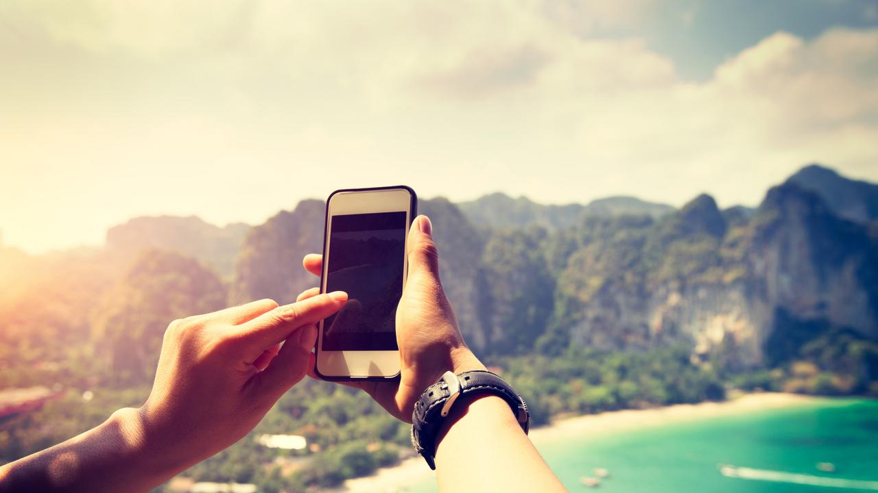 Global roaming charges: Telstra, Optus international day pass | escape