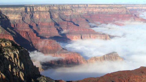 US AZ: Breathtaking Video Captures Cloud Inversion in the Grand Canyon May 17