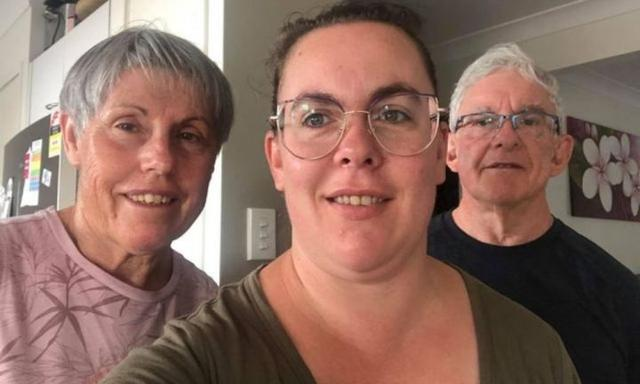 Coronavirus: QLD mum's parents move in after border closures separation