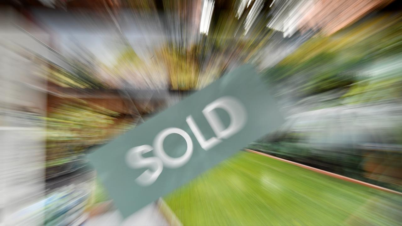 Millennials and Baby Boomers are both in favour of stamp duty reforms. Picture: NCA NewsWire/Joel Carrett