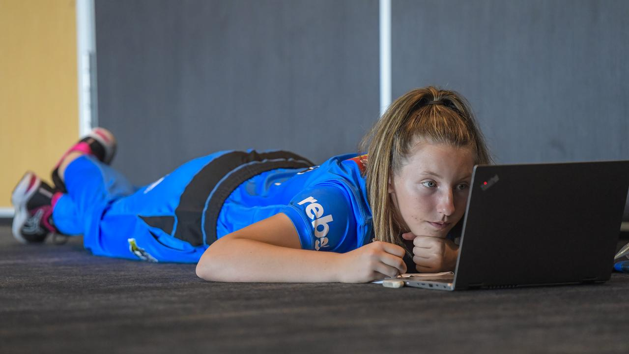 BEHIND THE SCENES WITH ADELAIDE STRIKERS