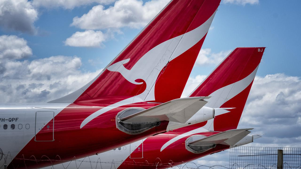 Qantas have plans for an overseas travel restart before Christmas. Picture: NCA NewsWire / Luis Ascui
