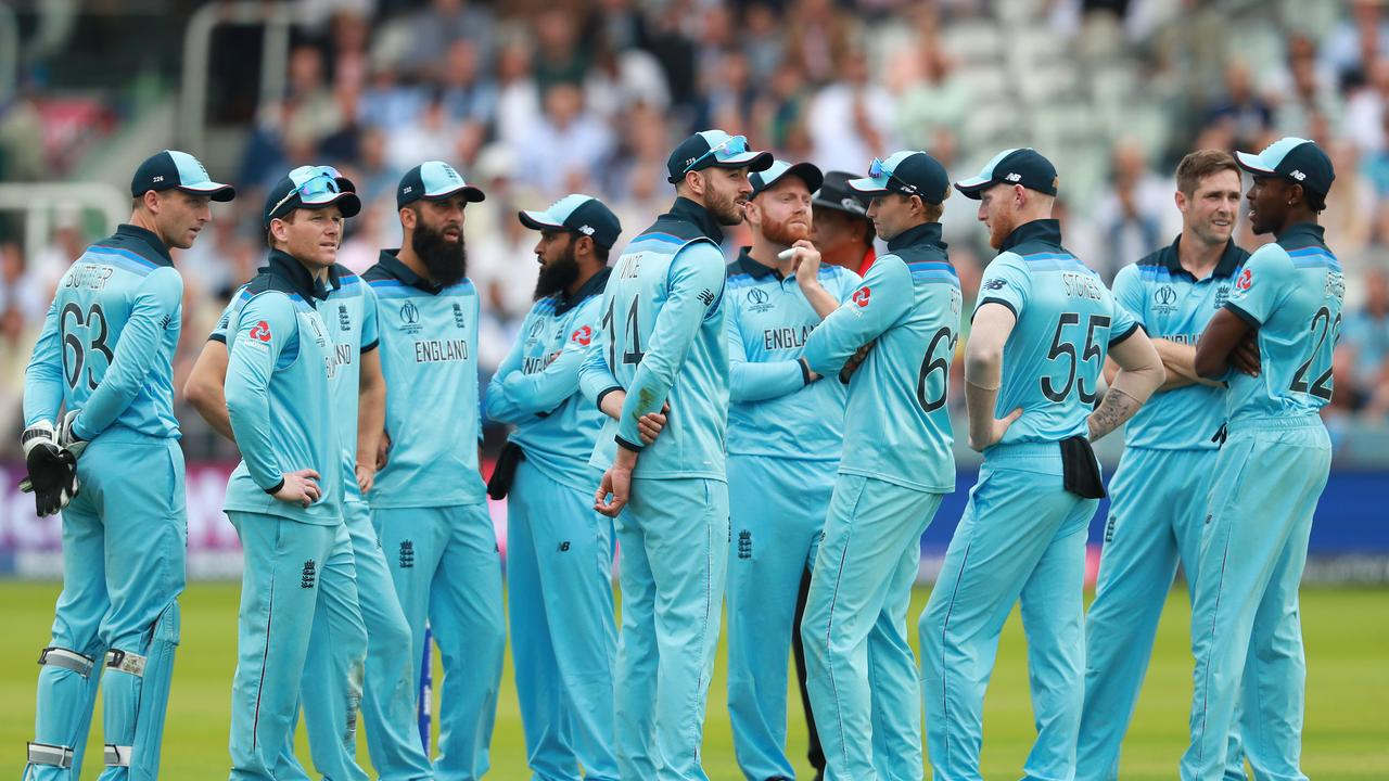 England are on the brink of disaster. Photo: David Rogers/Getty Images.