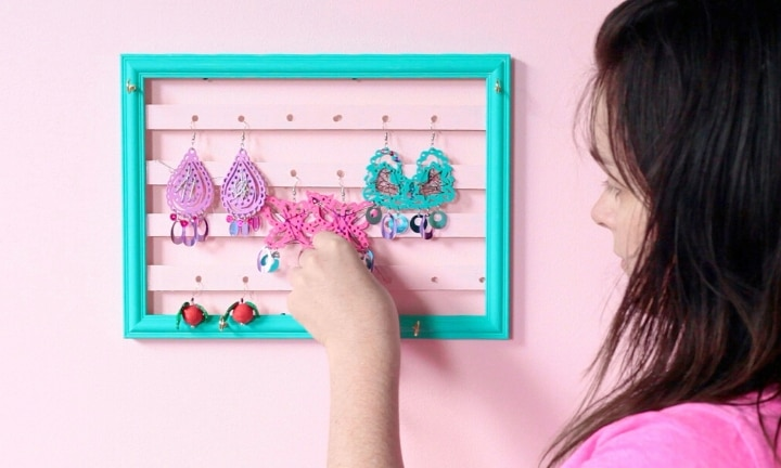 How to make a jewellery frame