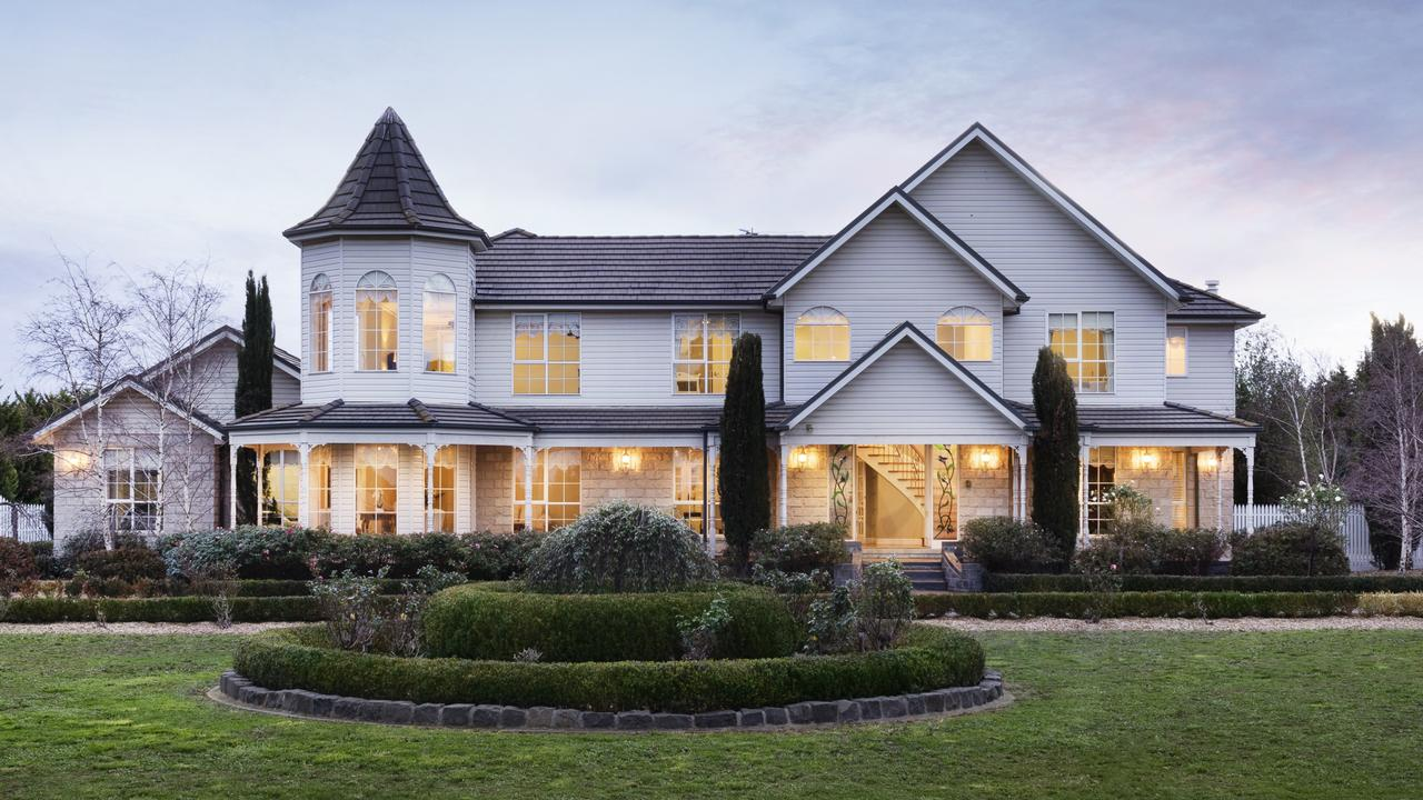 """<a href=""""https://www.realestate.com.au/sold/property-house-vic-sunbury-131599350"""">13 Highgrove Drive, Sunbury</a> sold this week for $1.37 million."""