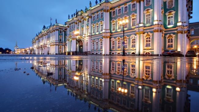 Winter Palace - St Petersburg, Russia The Winter Palace was once the official home of the Russian tsars.