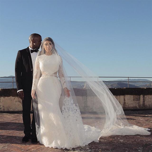 Kim Kardashian West And Kanye West S Wedding Album Vogue Australia