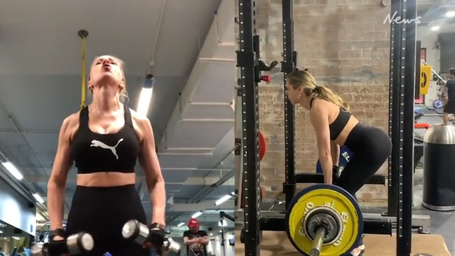Fitness model Jane Curnow's intense workout