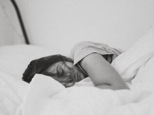 Get less than 6 hours sleep a night? You might be at a higher risk of dementia. Image: Unsplash