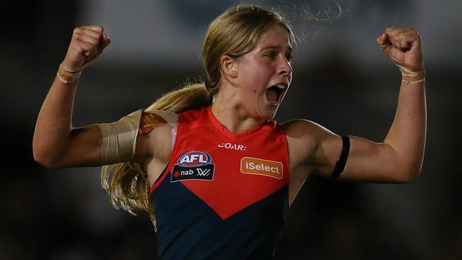 Katherine Smith celebrates Melbourne's win. Picture: Wayne Ludbey