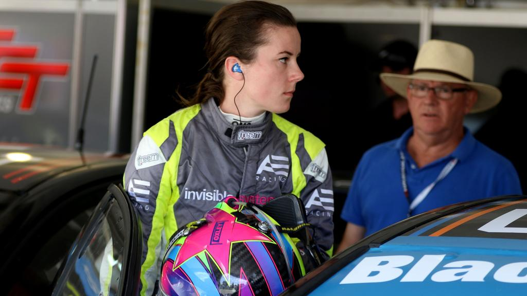 500 Down Car Lots >> Abbie Eaton swaps The Grand Tour for touring cars ...