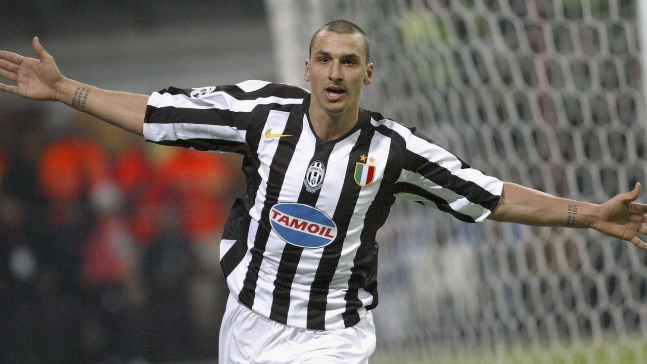 MILAN, ITALY - FEBRUARY 12: Zlatan Ibrahimovic of Juventus celebrates scoring during the Serie A match between Inter Milan and Juventus at the Giuseppe Meazza San Siro Stadium on February 12, 2006 in Milan, Italy. (Photo by New Press/Getty Images)