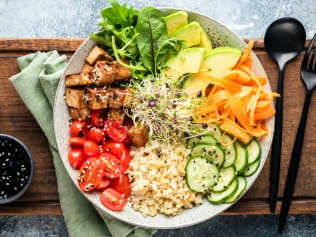 switching to a whole food plant-based diet decrease your chances of catching COVID-19