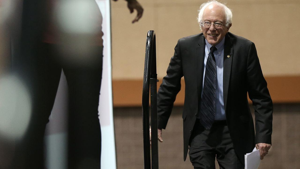 Can Bernie Sanders Launch a Challenge to Hillary Clinton?