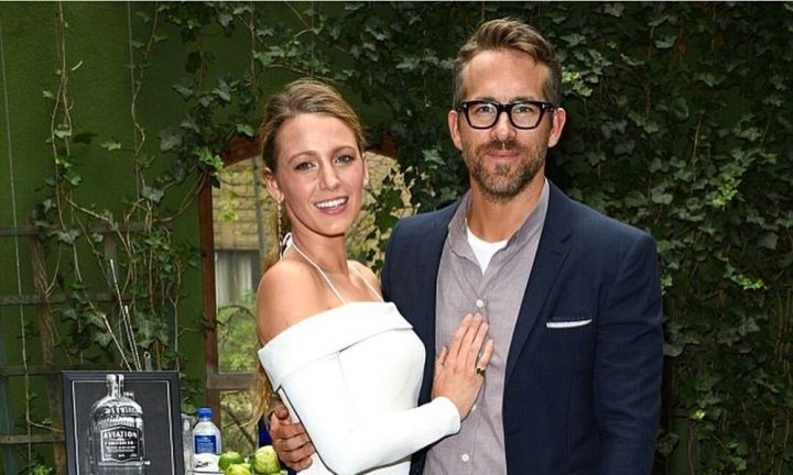 Ryan Reynolds jokes about his 'fake' marriage