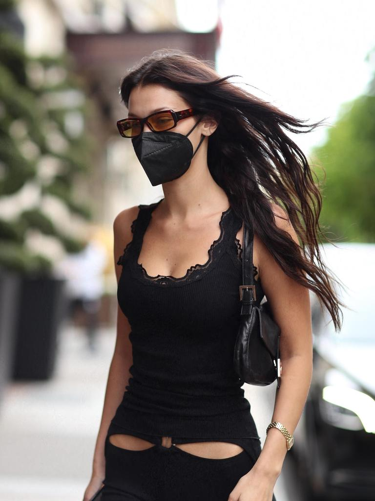 Bella wore an all-black outfit. Picture: Backgrid
