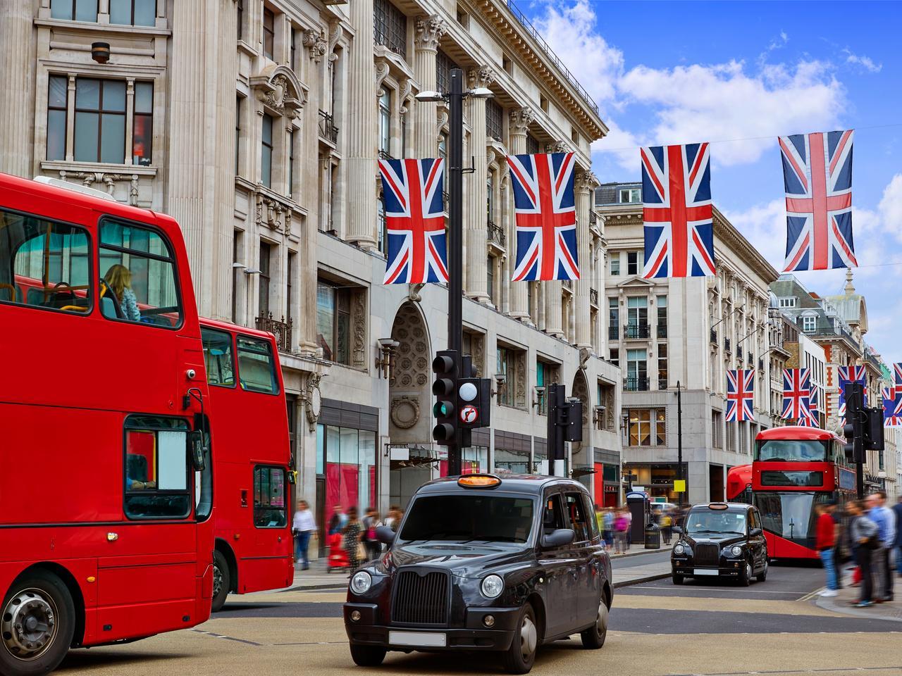 London bus Oxford Street W1 Westminster