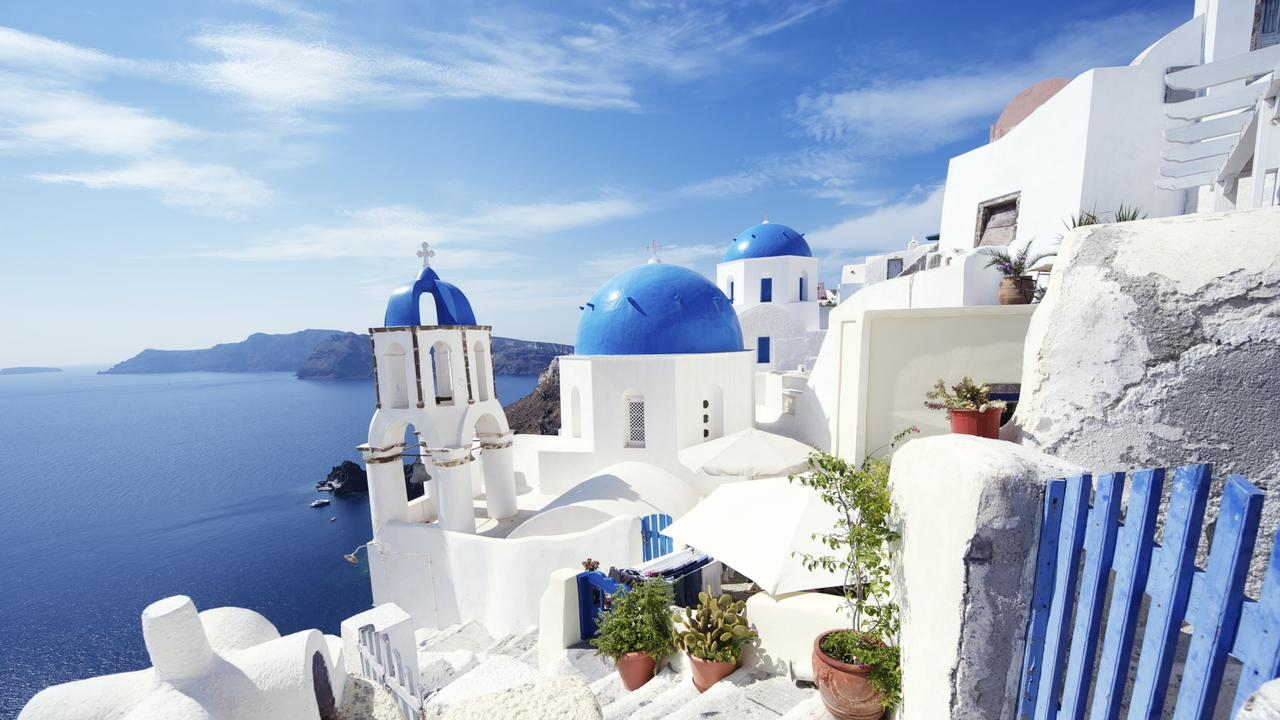 Santorini here we come! Aussies can now get to Greece for $309.