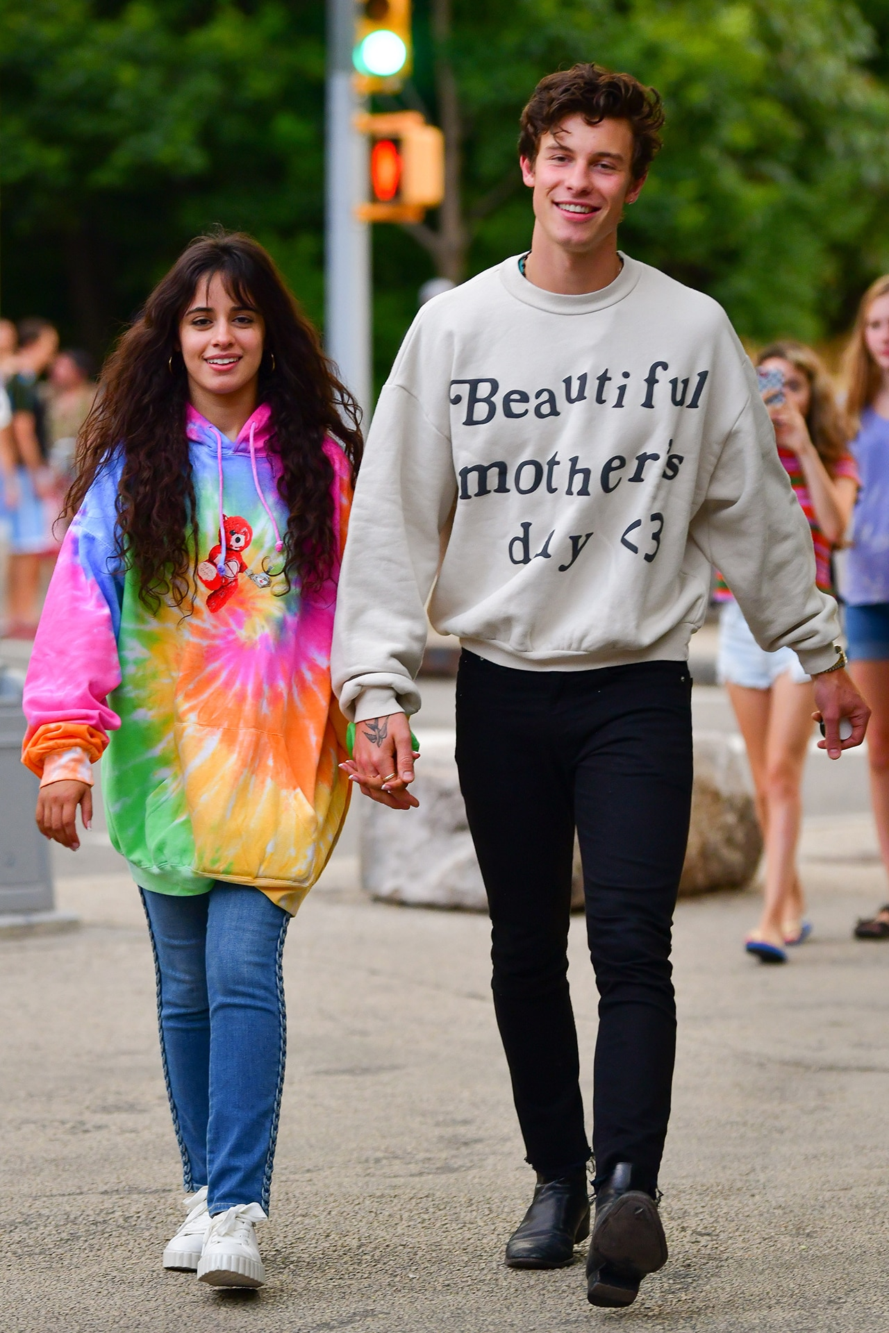 Shawn Mendes and Camila Cabello are Instagram official