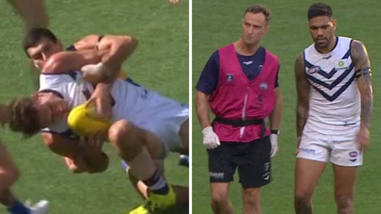 Fremantle lost both Rory Lobb and Michael Walters to injury on Sunday night.