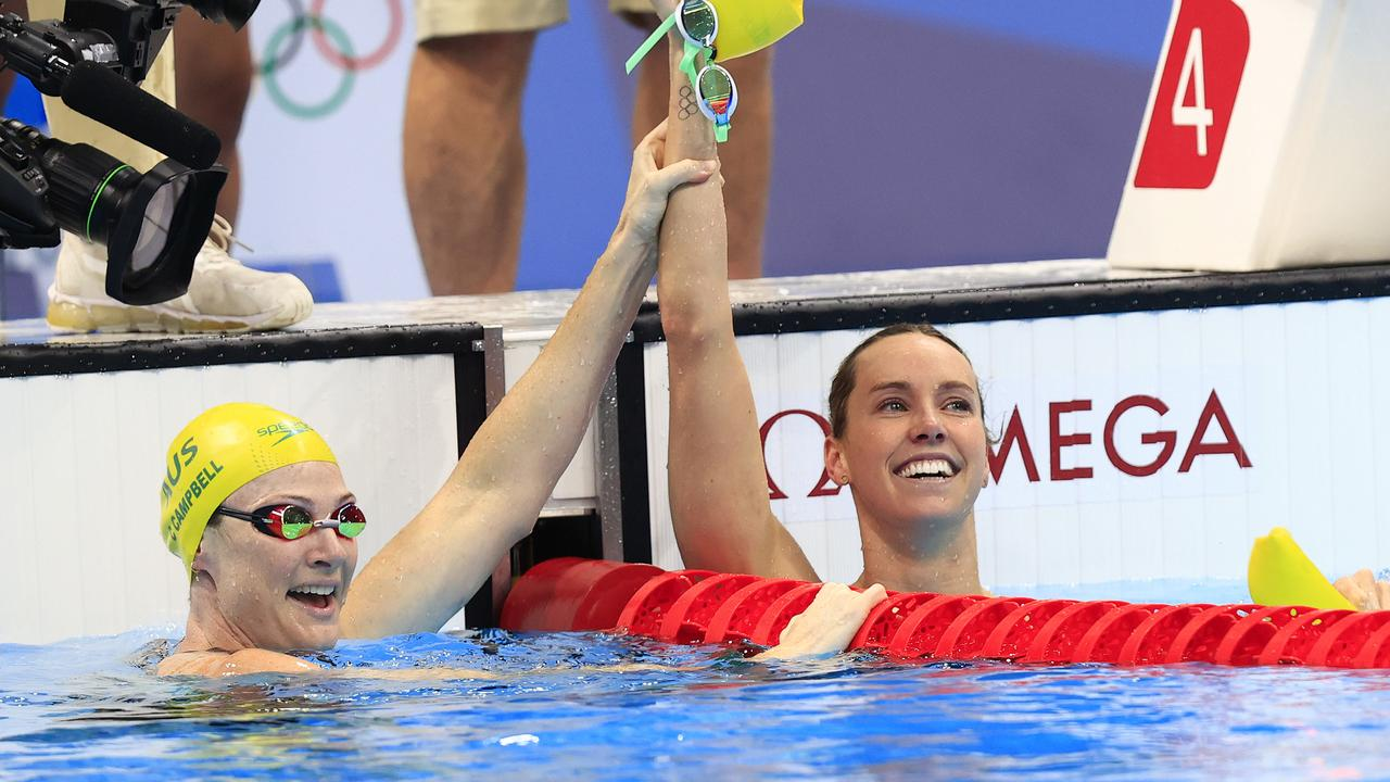 McKeon wins gold in the women's 100m freestyle final.