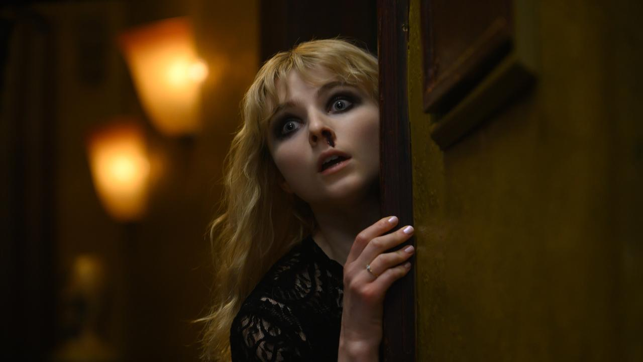 Thomasin McKenzie plays a young woman whose nocturnal adventures sees her involved in a 1960s murder mystery. Picture: Parisa Taghizadeh / Focus Features
