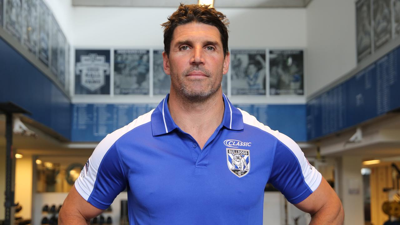 Trent Barrett's arrival won't be enough to turn the Bulldogs around straight away, according to the bookies.