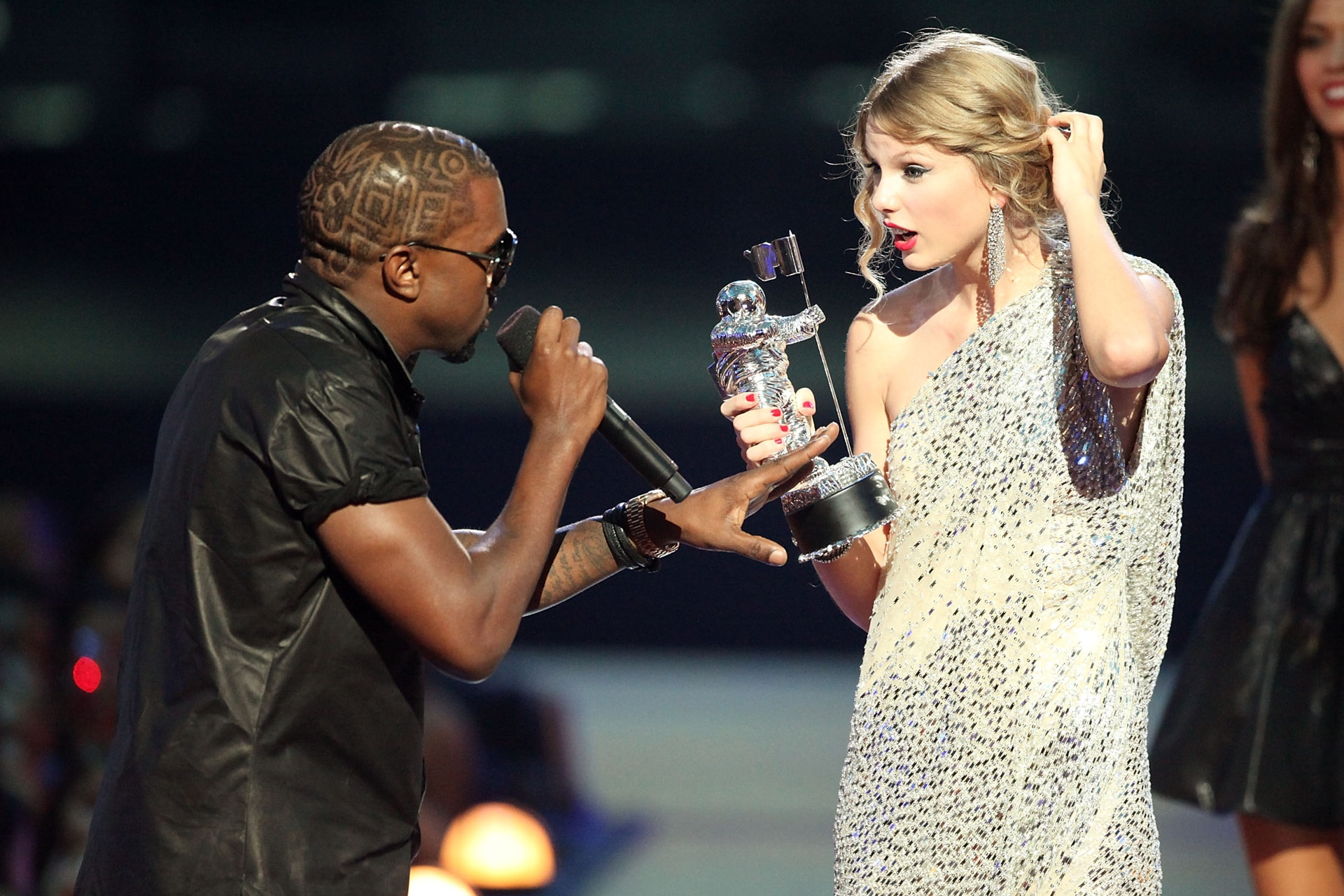 Taylor Swift may have just reignited her feud with Kanye West