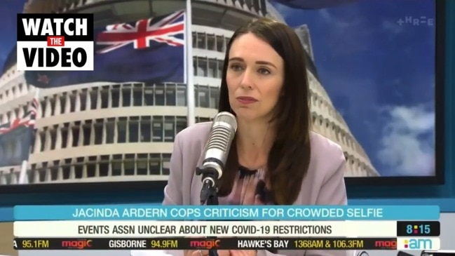 Jacinda Ardern apologises after breaking social distancing for selfie (The AM Show)