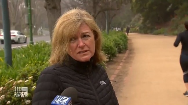 Melbourne woman's response to lockdown goes viral (9 News)