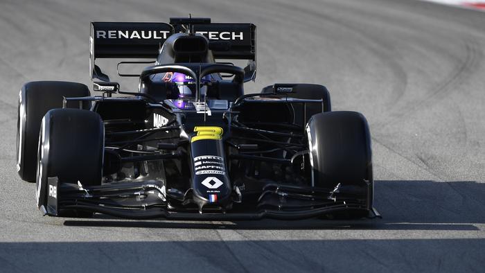 Daniel Ricciardo was back in black.