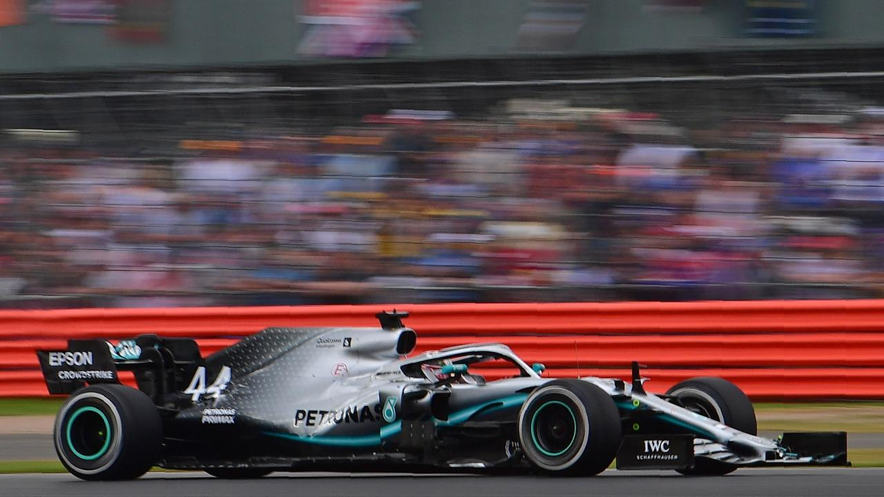 Lewis Hamilton wins record sixth British GP as Sebastian Vettel, Max Verstappen collide spectacularly