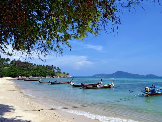 RAWAI BEACH, KOH BON ISLAND Because of the remoteness of Koh Bon island not many have visited this beach, making it the perfect place for you to experience pristine, natural beauty. Rawai is a relatively sleepy beach that is growing in popularity as tourists begin to visit for the scenery and local atmosphere. Located at the southern end of Phuket, this beach is a great place to snorkel, dive or just do nothing far from the crowds.